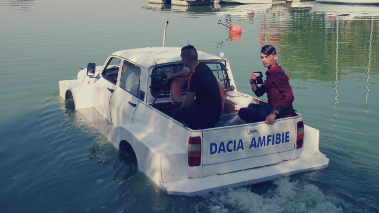 Dacia amfibie