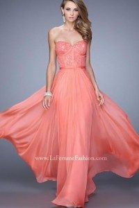 Descopera cele mai frumoase rochii de seara! 3