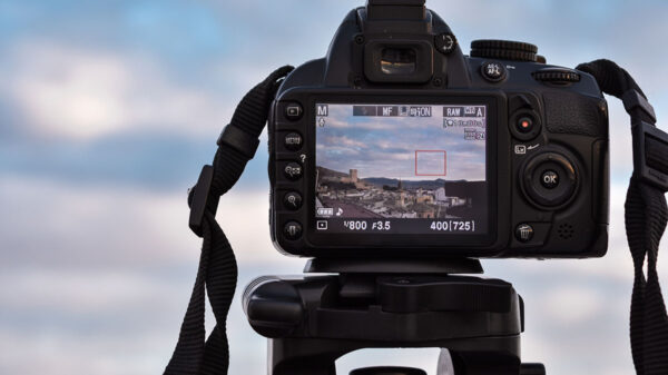 camerele Canon EOS