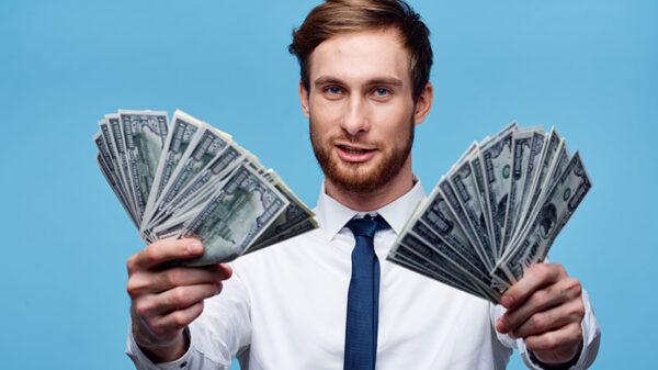 Afaceri online bani putini