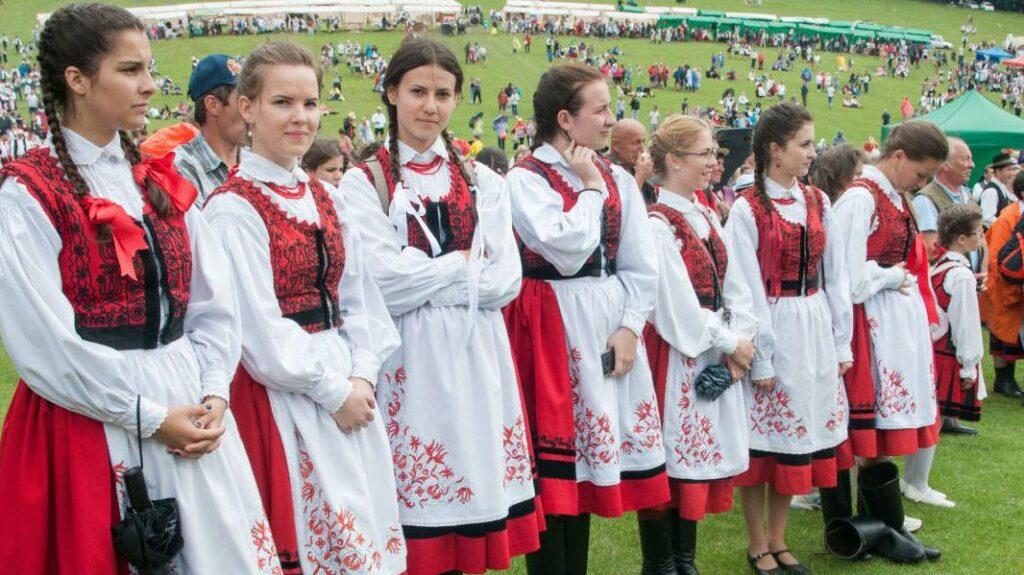 etnografia maghiarilor din Romania 02
